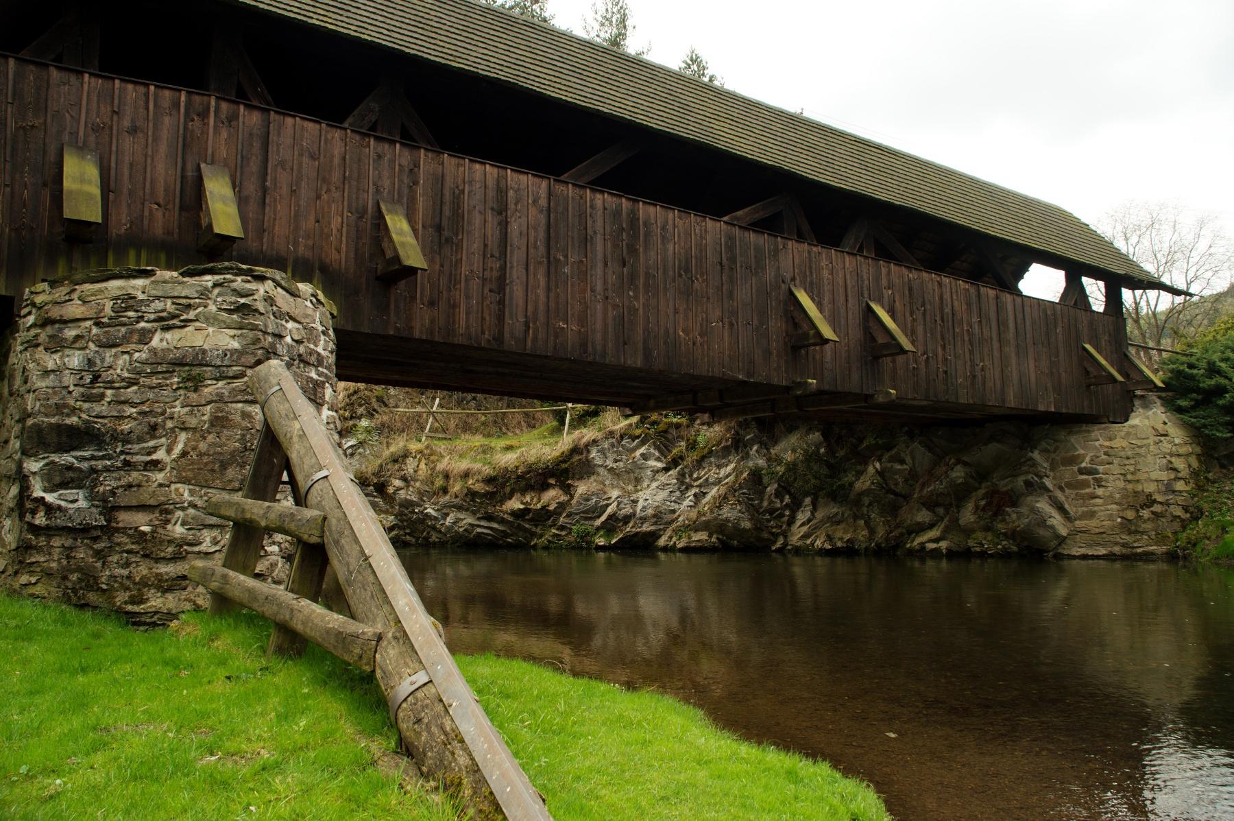 Krytý most v Černvíru